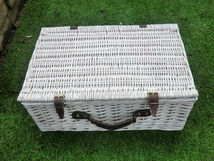 Weekend Basket Large Original English Wicker Picnic Basket Catawiki