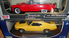Motormax - Scale 1/18 - Ford Mustang Boss 429 1970  & Ford Thunderbird 1956