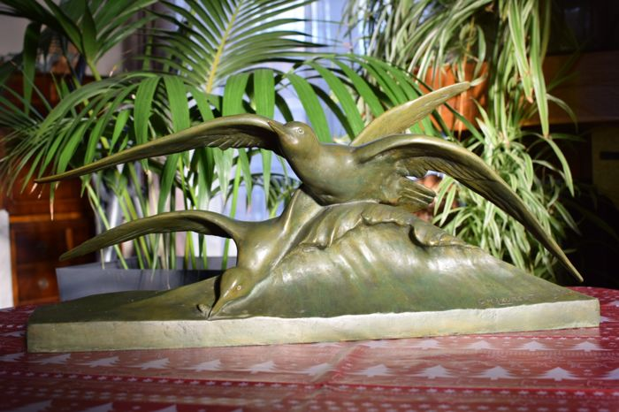 George H. Laurent (XIX - XX) - Mouettes sur la vague - Lost wax bronze