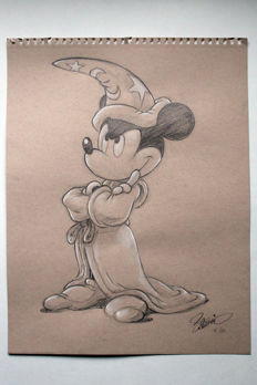 Nº 5 Ensayo (Fantasia 1940 The Sorcerer's Apprentice) Mickey aprendiz de brujo. Earth colour paper, 118 g. (27.9 x 35.6 cm) pencil and a touch of watercolour