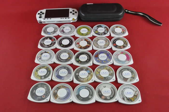Sony Playstation Portable (PSP) with 25 games/UMD Video