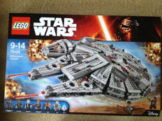 Star Wars 75105 Millenium Falcon (The force awakens)
