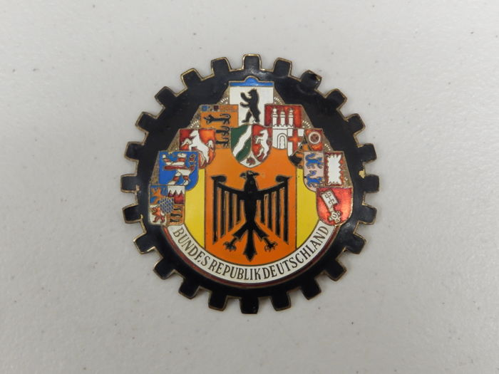 vintage original bundesrepublik deutschland car badge. Black Bedroom Furniture Sets. Home Design Ideas