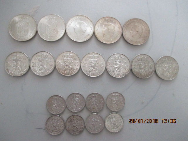 The Netherlands - 1, 2½ and 10 guilder 1954/1973 Juliana - 17 coins - silver