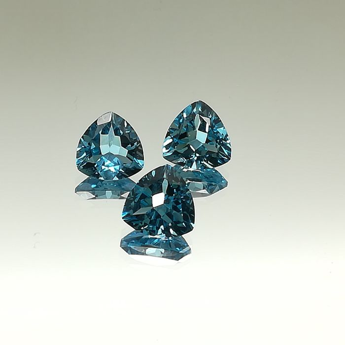 Swiss Blue Topaz 11.32 ct