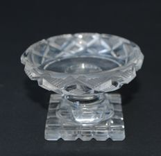 A cut crystal salt dish, Southern Netherlands, about 1800-1830