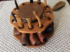 Walnut wood carousel pipe rack