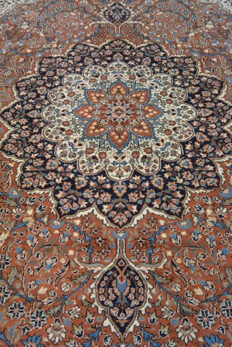 Hereke, Turkey, dimensions: 332 x 211 cm