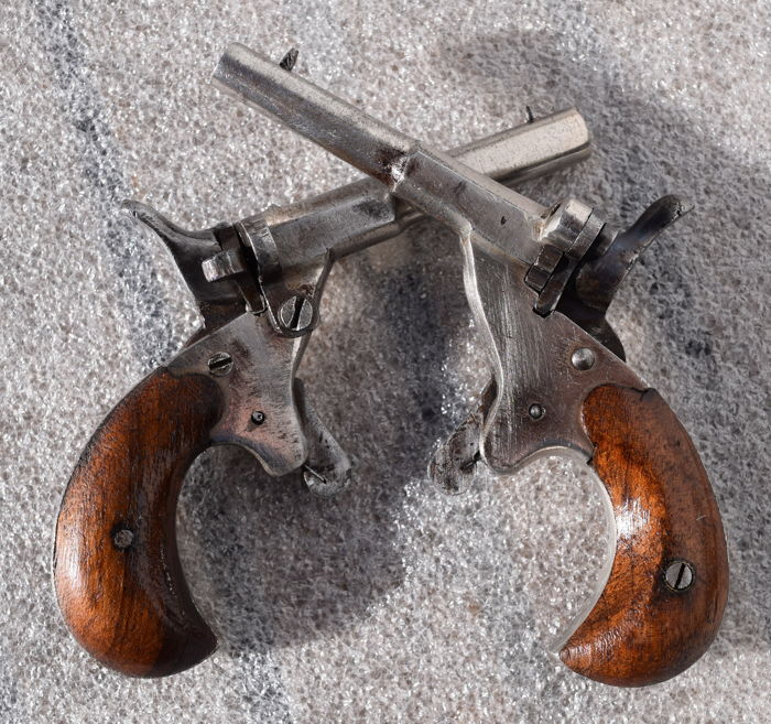 "Wonderful pair of pistols called ""cyclist"" (velodogs), punches of Bremen - 13 pics"