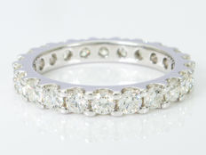 1.68 Ct - Matched brilliant eternity ring - VVS - very high quality - 950 platina.