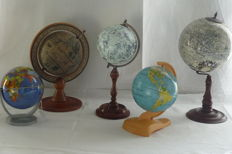Collection of 5 decorative small globes