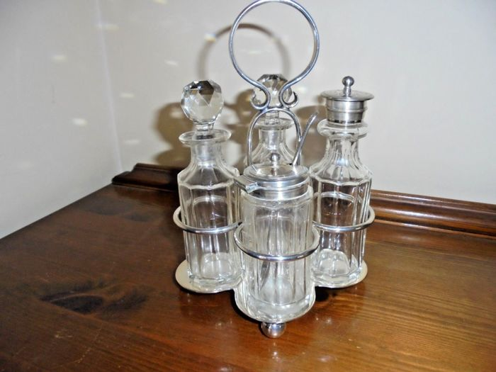 Antique lot consisting of silver plated items - England, 1900s - condiment set of four-piece with base - by James Dixon