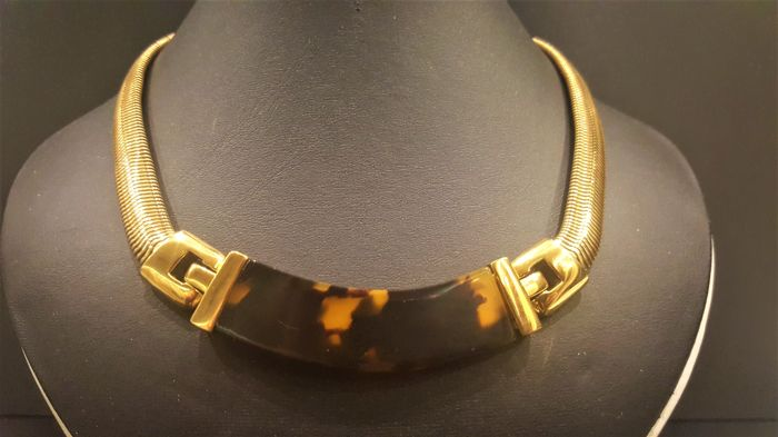 2d6a1a36b13af NAPIER - Snake chain faux amber Necklace - Vintage - Catawiki
