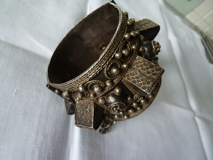 Old traditional bracelet in tested solid silver 925 - Morocco - 1900/1930
