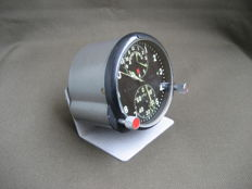 Pilot's clock - chronograph (AChS-1) for the MiG-25 supersonic fighter jet (USSR). 20th century.