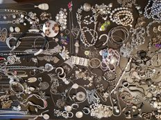 Collection of approx. 200 silver-plated and silver-coloured jewellery