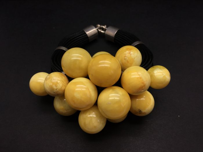 Baltic Amber and Silver bracelet yellow colour big beads, 80.6 grams