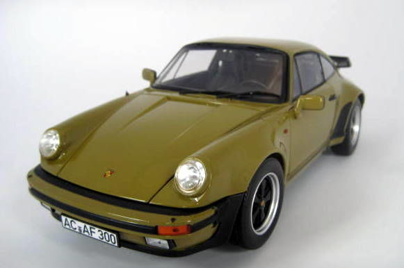 Norev - 1:18 - Mint Boxed - Porsche 911 Turbo 3.3 1977 - Olive 1977 (G-Model)