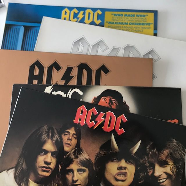 AC/DC, collection with five classics LPs in top condition