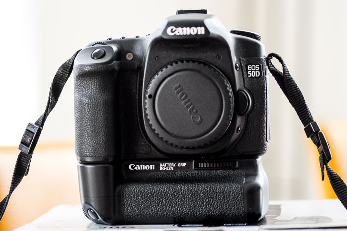 Canon 50D including original Canon battery grip and 2 batteries - Catawiki