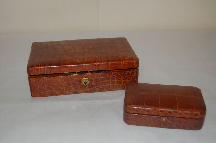 Jewellery box and ring case made of crocodile leather, Asprey, London, England, 20th century