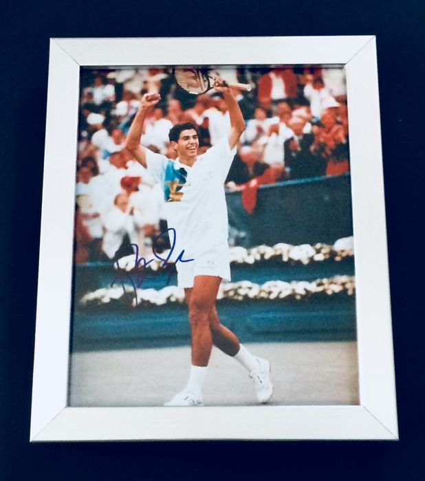 Pete Sampras - Authentic & Original Signed Autograph in Premium Framed Photo ( 20x25cm ) - with Certificate of Authenticity