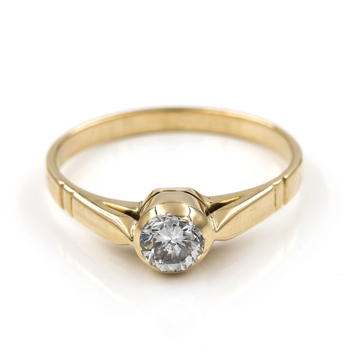 Yellow gold of 18 kt/750 - Solitaire ring - Brilliant cut diamond 0.35 ct - Cocktail ring size: 13.5 (Spain)