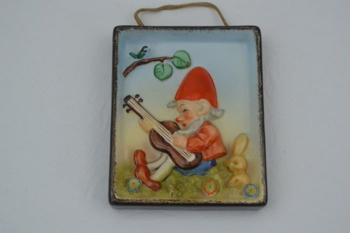 Hummel / Goebel wall plaque with dwarf - Rare