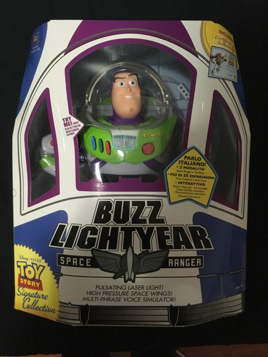 Buzz lightyear firma collezione toy story action figure usato