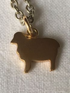 'DODO' POMELLATO Little sheep in 750 (18 kt) gold with chain