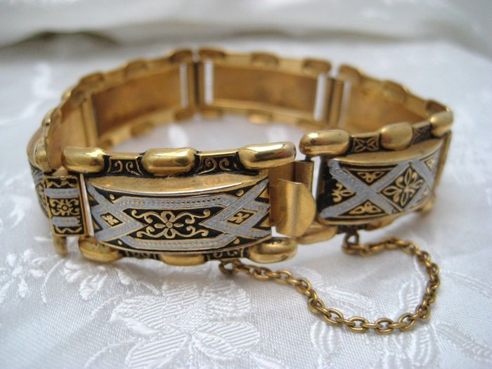 Vintage bracelet from the 1960s