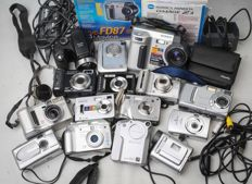 15 digital devices for collection or parts