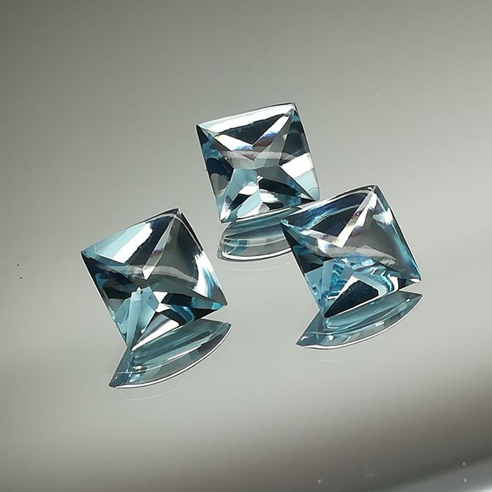 Trio of 3 Sky Blue Topazes - 15.59 ct