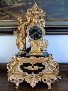 Large romantic gold-plated Zamac & Black marble pendulum clock - France, 2nd period 1800s