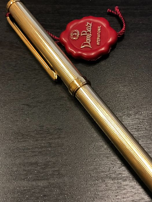 Dom Baiz International 750 solid gold pen