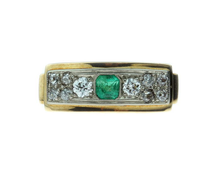 14 karat gold Art Deco women's ring set with diamonds and emerald