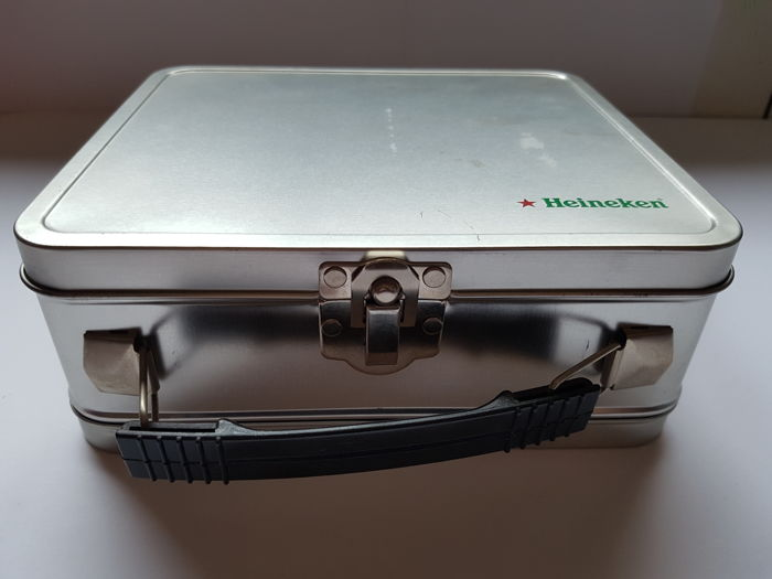 Suitcase Heineken Boy scout year 1990