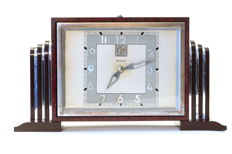 Bayard - Art Deco Bakelite alarm clock imitating thuja wood