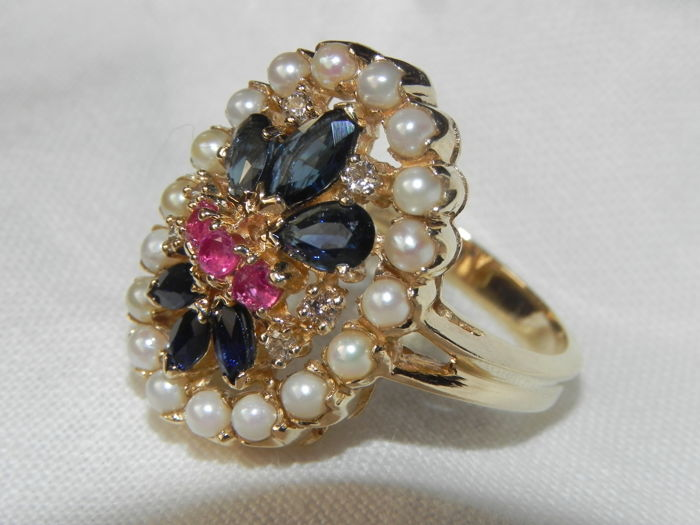 Genuine pearls, ring with seed pearls, natural pearls, diamond, ruby, sapphire ring in 14 kt gold