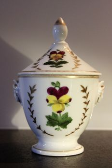 Porcelain of Paris - Confectionary jar, multicoloured floral decoration and gilding, handles in the shape of face - France - early nineteenth century