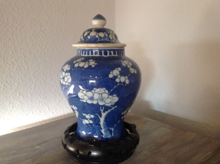 Old Chinese Porcelain Vase Circa 1900 Catawiki