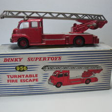 Dinky Toys - #956 - Turntable Fire Escape 1958