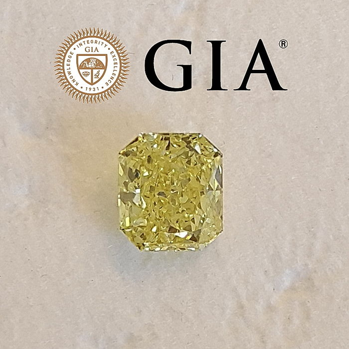 GIA 0.73 ct Natural Fancy Yellow Radiant Modified Brilliant Diamond
