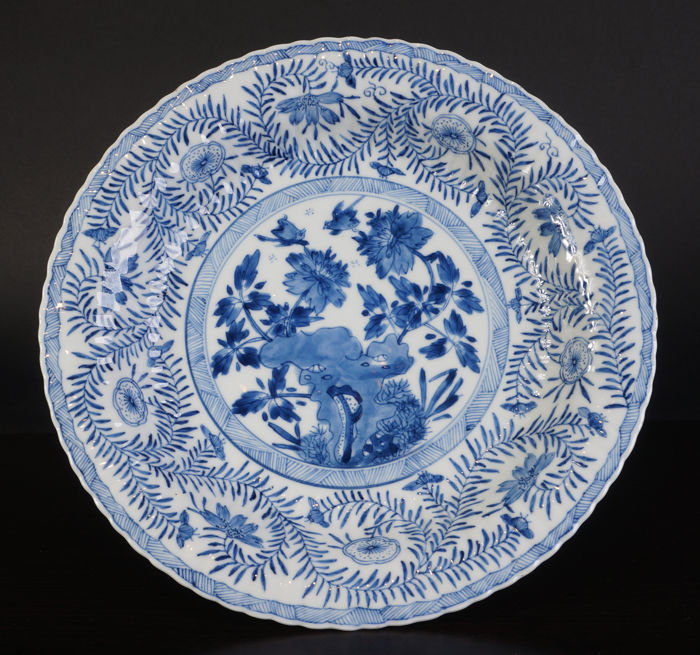 Blue/white porcelain plate with birds - China - late 17th century (Kangxi period)