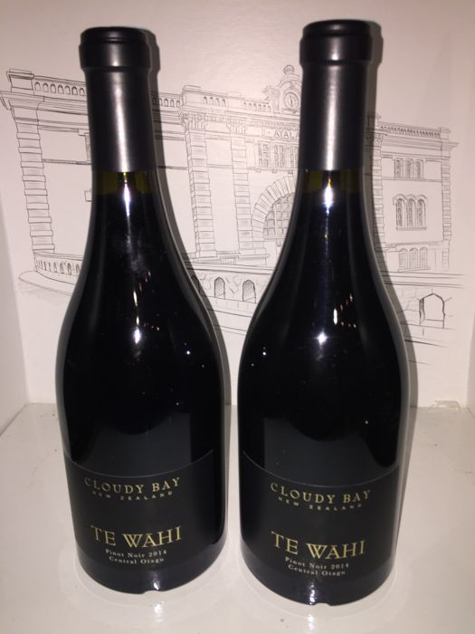 "2014 Cloudy Bay ""Te Wahi"" Pinot Noir, New Zealand - 2 bottles (75cl)"