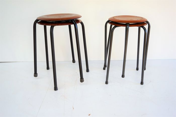 Pagholz - lot of 4 industrial metal stools - 1960s/1970s