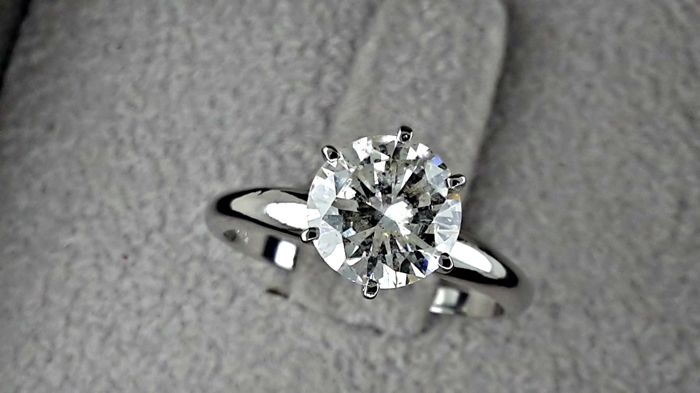 1.55 Ct F/SI1   round diamond ring made of 14 kt white gold - *** NO RESERVE PRICE