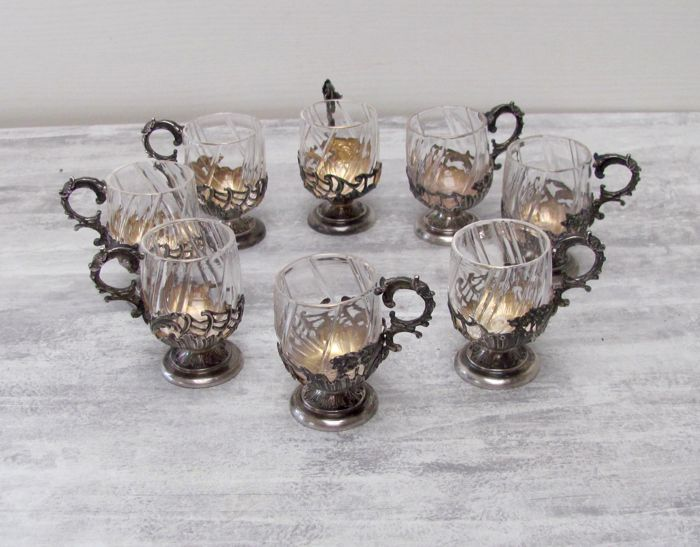 Set of eight liquer cups in silver, France