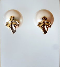 14 k/585 gold culture pearl earrings , pearl size approx 12 X 12 mm
