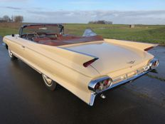 Cadillac - Coupe DeVille Convertible - 1961